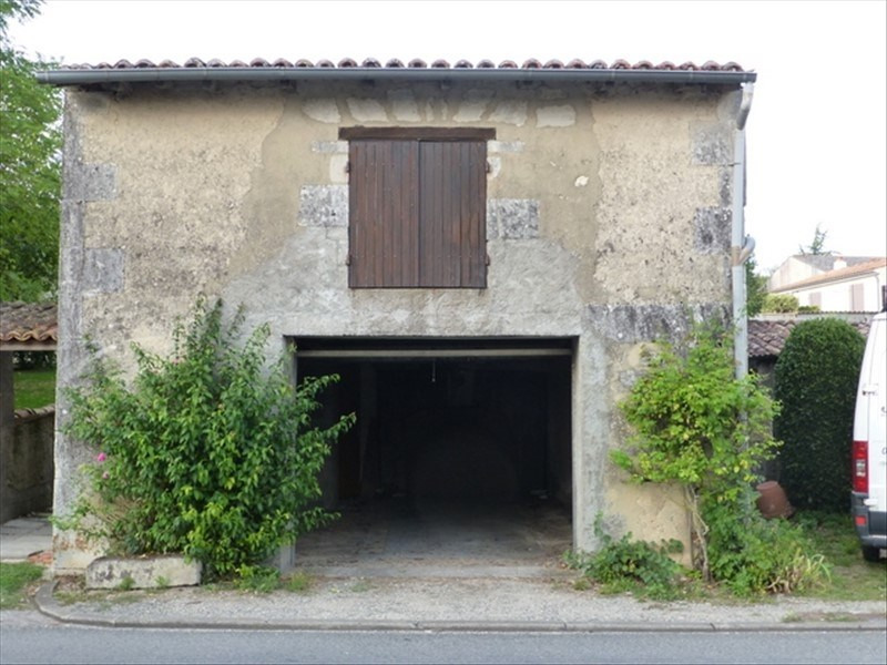 Sale house / villa St jean d angely 32700€ - Picture 6