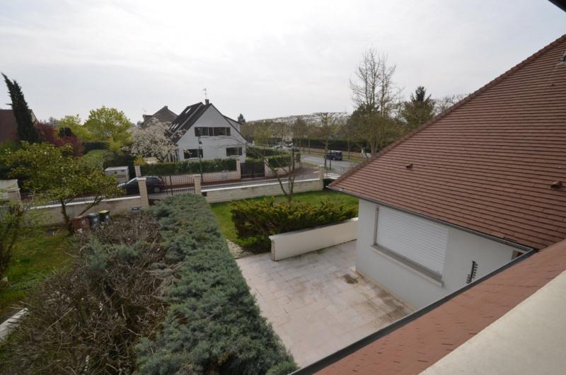 Sale house / villa Croissy-sur-seine 990000€ - Picture 2