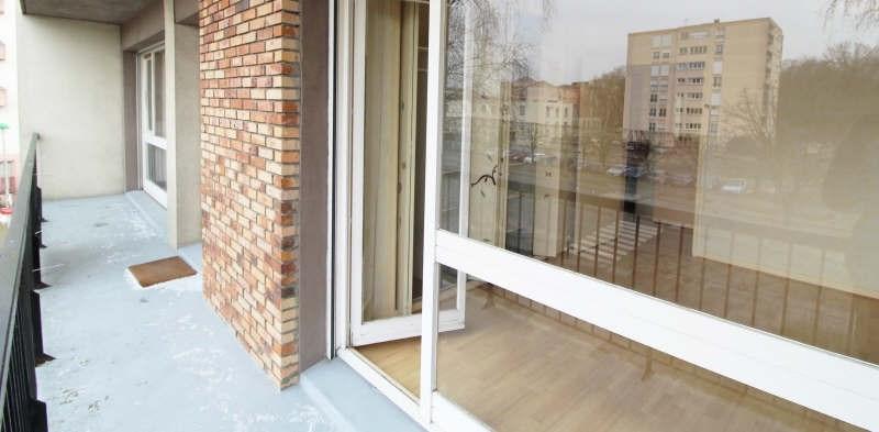 Sale apartment Maurepas 135000€ - Picture 2