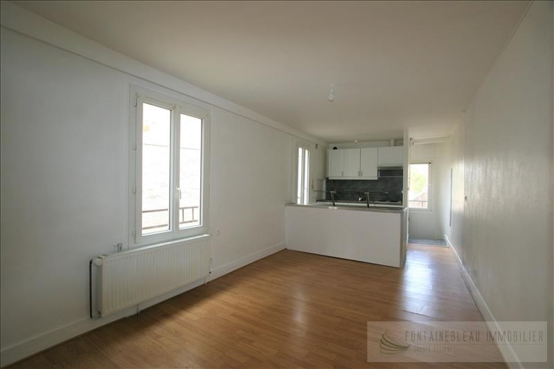 Sale apartment Fontainebleau 107000€ - Picture 1