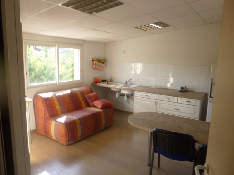 Location local commercial Morieres les avignon 4 000€ HC - Photo 7