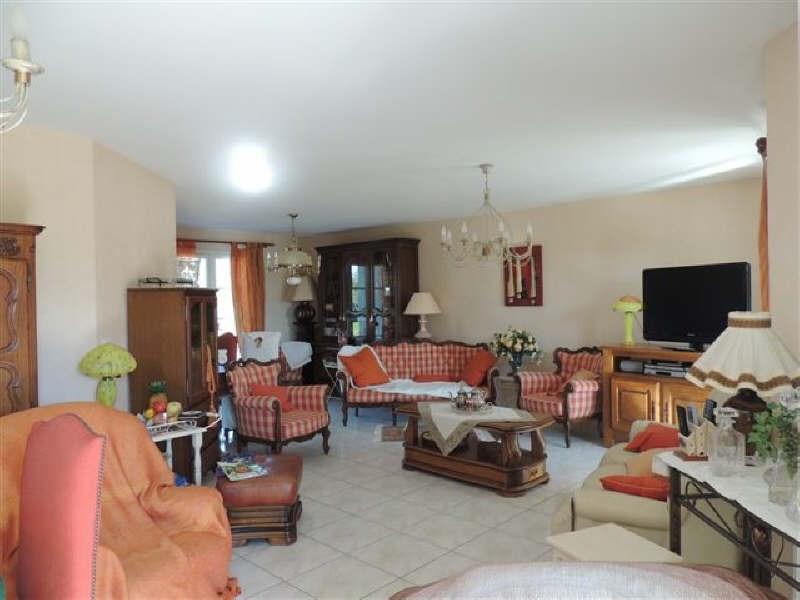 Sale house / villa Le gua 279450€ - Picture 2