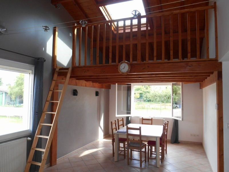 Sale house / villa St laurent de mure 265 000€ - Picture 1