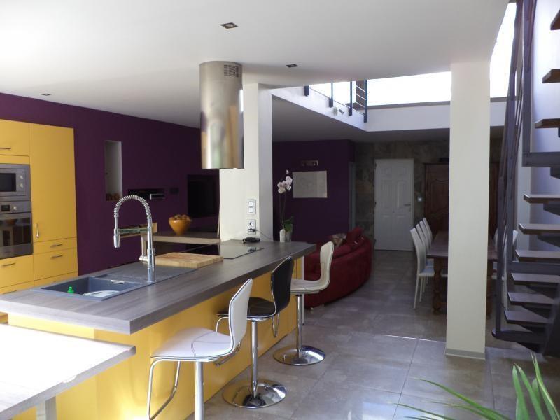 Revenda residencial de prestígio apartamento Salon de provence 575000€ - Fotografia 2