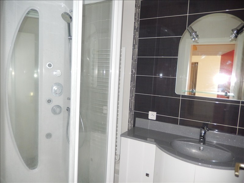 Rental apartment Le puy en velay 418,79€ CC - Picture 2