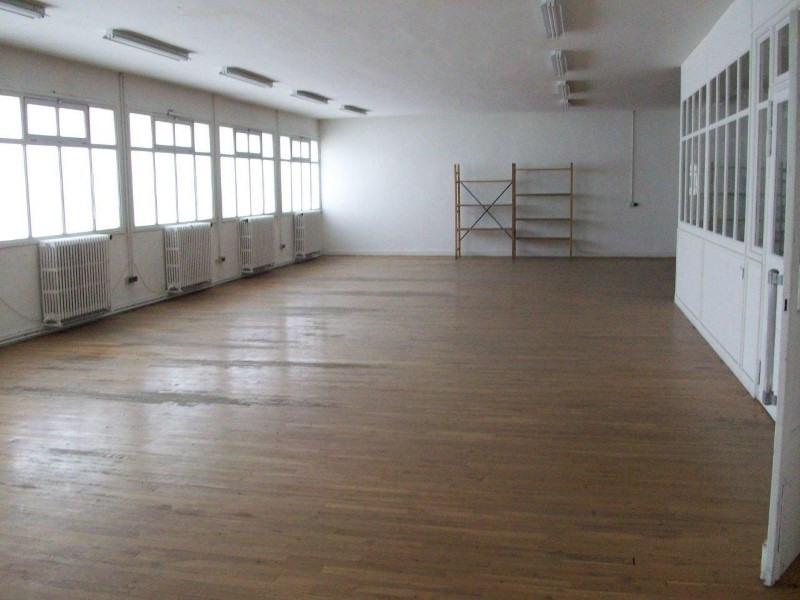 Sale empty room/storage Riorges 325 000€ - Picture 3