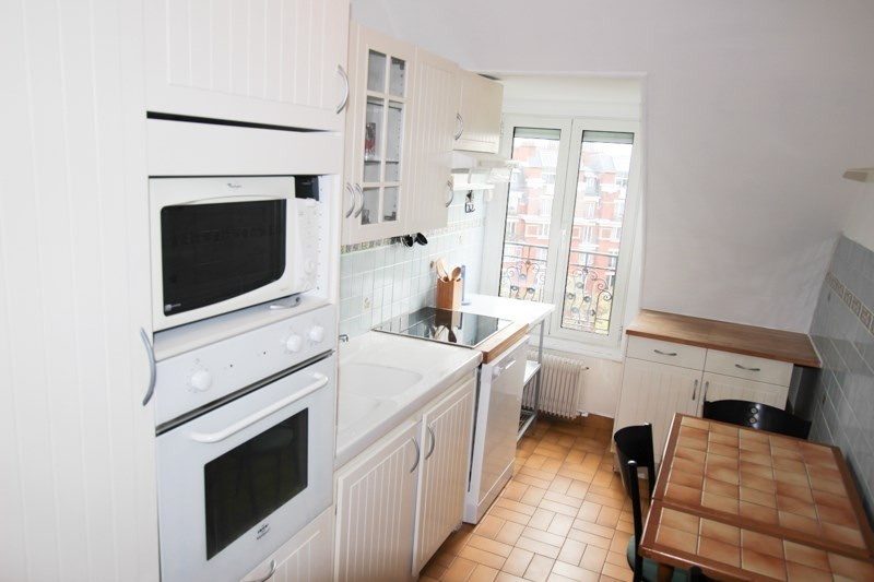 Location appartement Paris 17ème 2 050€ CC - Photo 5