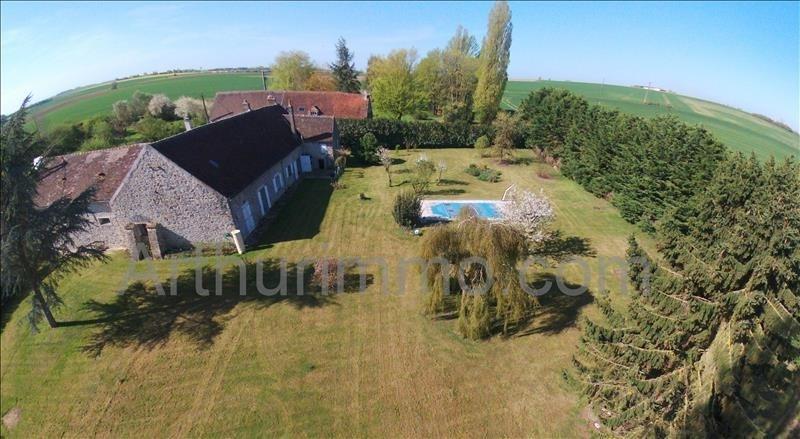 Sale house / villa Proche mormant 367500€ - Picture 2