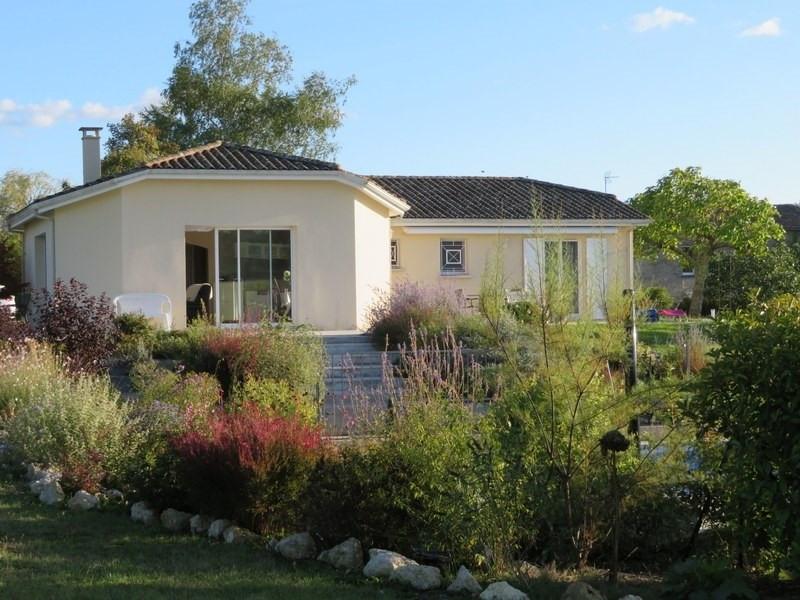 Sale house / villa Villefranche de lonchat 265000€ - Picture 2