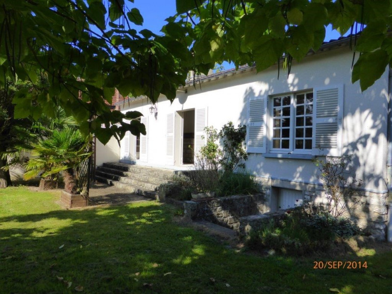 Rental house / villa Bourron-marlotte 1 350€ CC - Picture 4