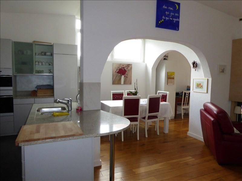 Sale house / villa St genis pouilly 550000€ - Picture 5