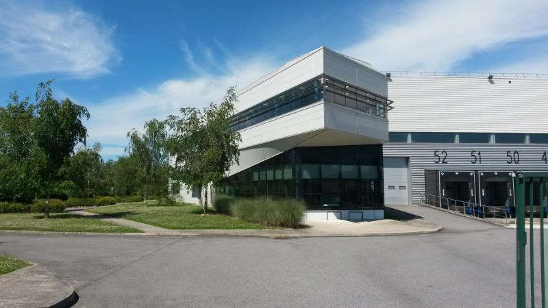 Location Local d'activités / Entrepôt Châtres 0
