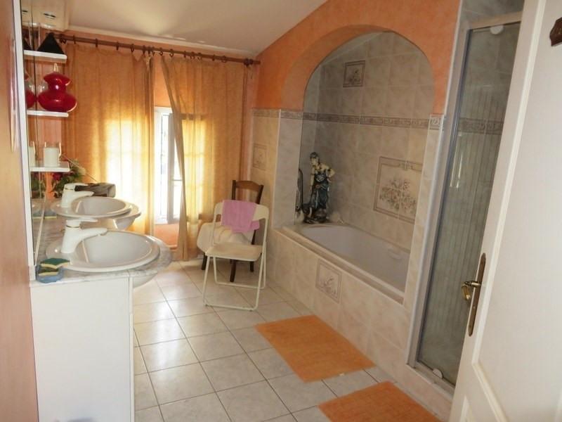Sale house / villa Les peintures 295000€ - Picture 4