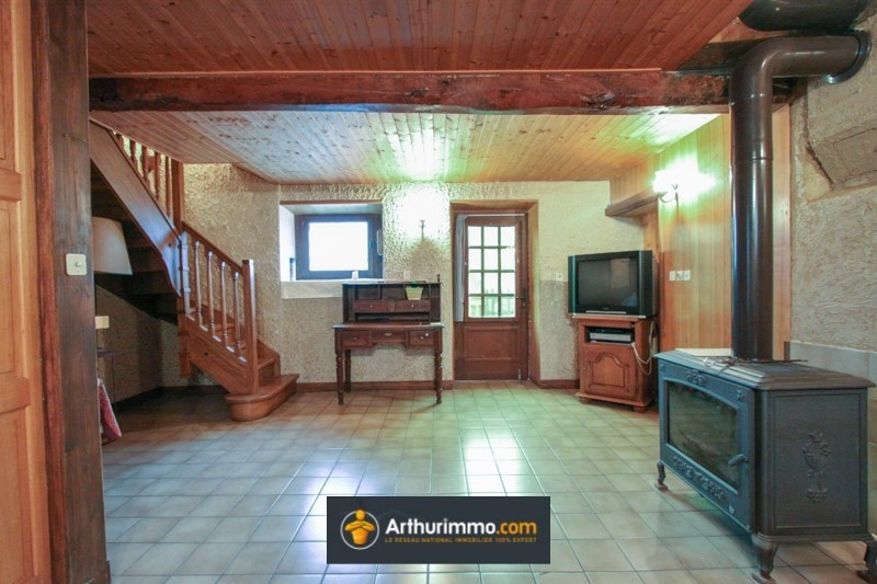 Vente maison / villa Morestel 109 000€ - Photo 3