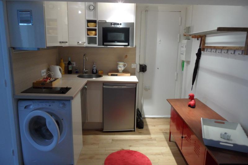 Rental apartment Paris 18ème 1086€ CC - Picture 3