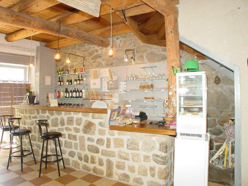 Vente local commercial St agreve 149000€ - Photo 1