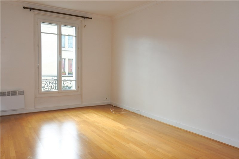 Rental apartment St germain en laye 1 377€ CC - Picture 1