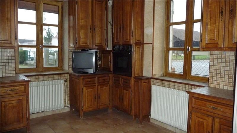 Sale house / villa St jean de losne 127200€ - Picture 3