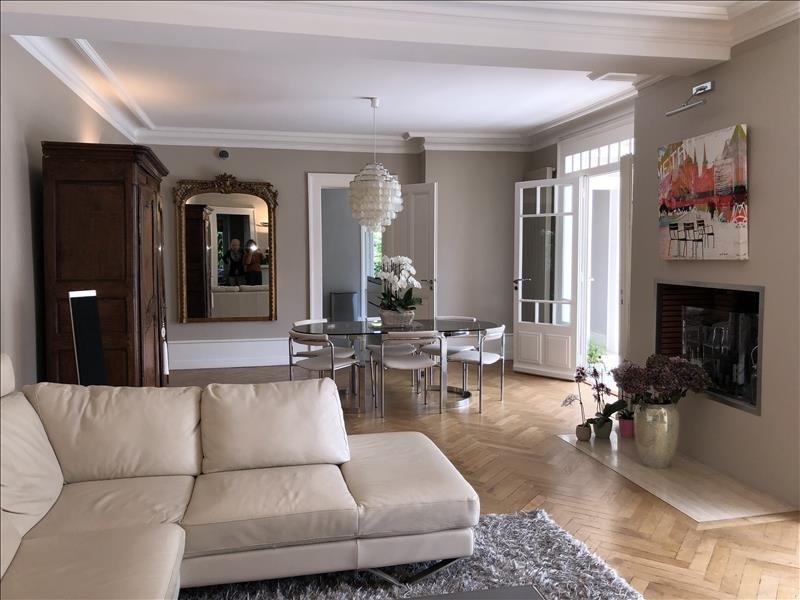Deluxe sale house / villa Annemasse 1390000€ - Picture 1