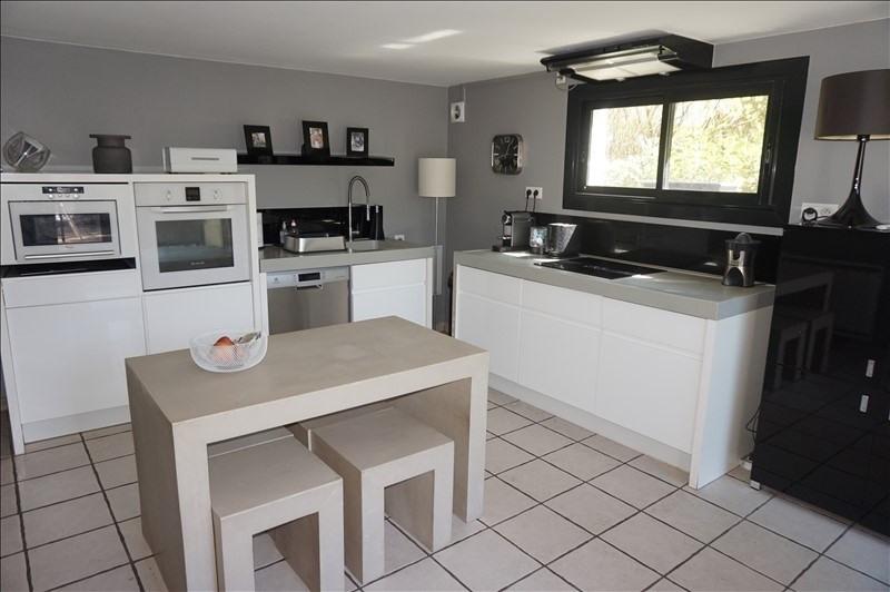 Sale house / villa Reventin vaugris 395000€ - Picture 2