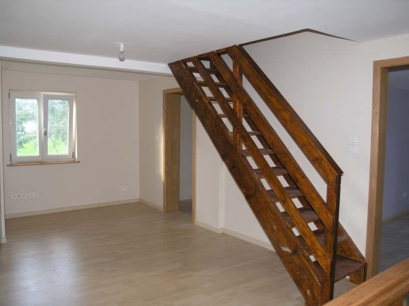 Location maison / villa Saessolsheim 825€ CC - Photo 8