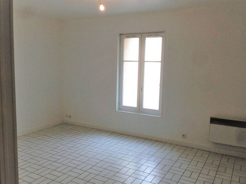Rental apartment Pierrelaye 475€ CC - Picture 3