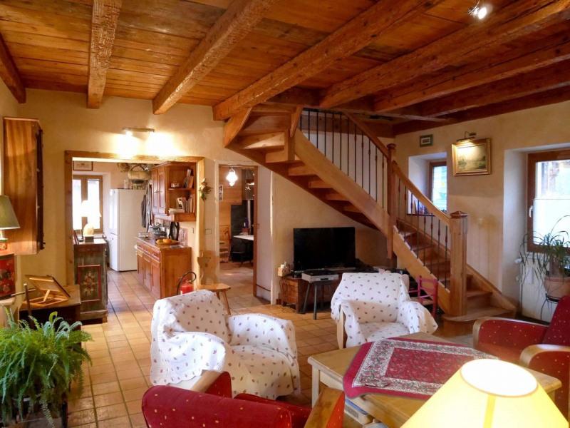 Venta de prestigio  casa Doussard 630000€ - Fotografía 2