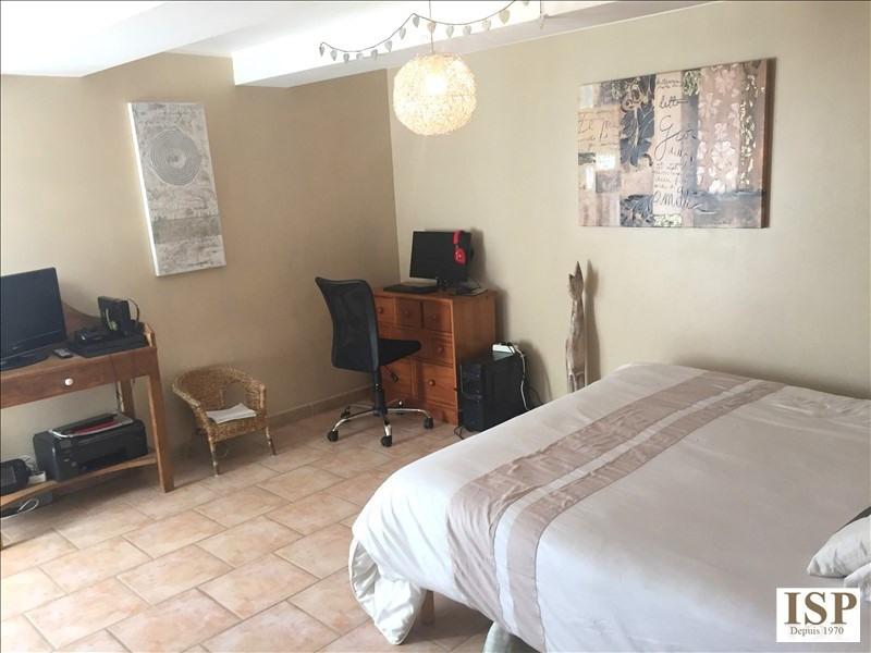 Location appartement Villelaure 910€ CC - Photo 3