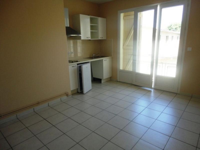 Rental apartment Garlin 329€ CC - Picture 1