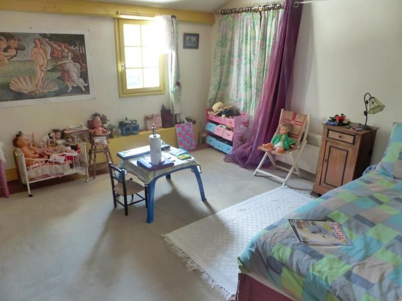 Sale house / villa Croutelle 399000€ - Picture 9