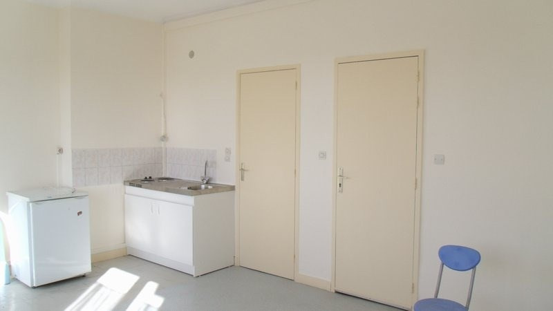 Location appartement St lo 275€ CC - Photo 1