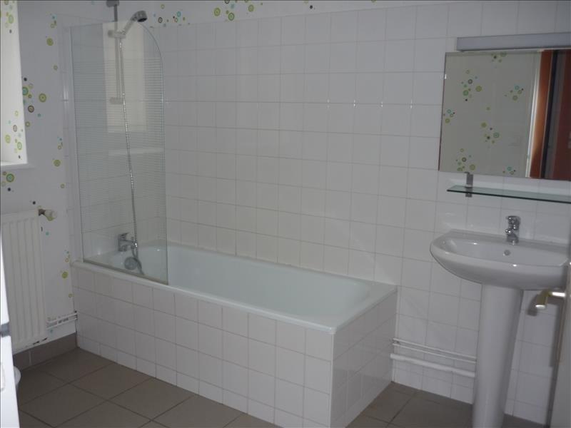 Location maison / villa Renaison 700€ CC - Photo 6