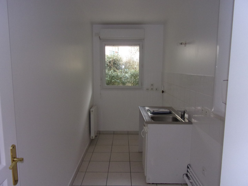 Sale apartment Poissy 212000€ - Picture 3