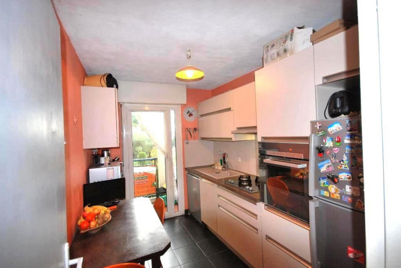 Sale apartment Antibes 265 000€ - Picture 3