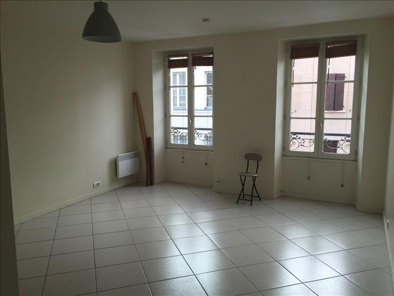 Rental apartment Viroflay 665€ CC - Picture 1