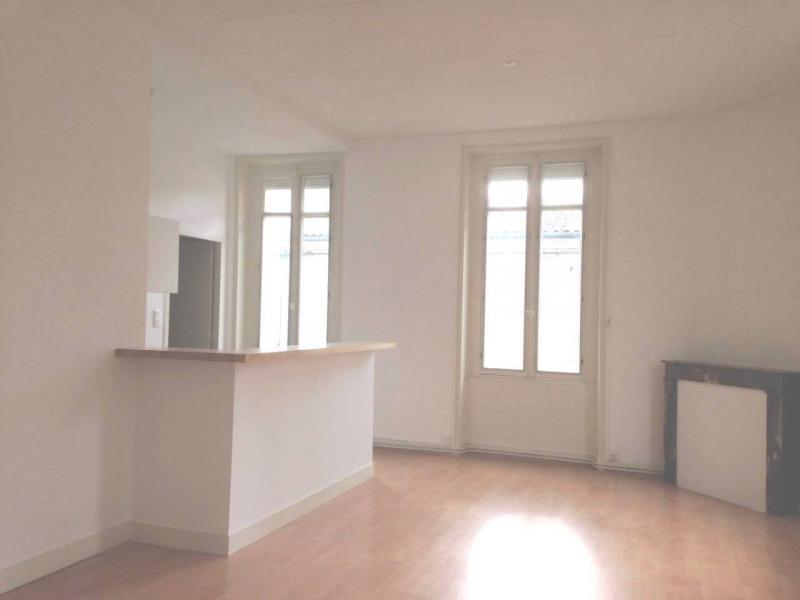 Rental apartment Cognac 420€ CC - Picture 3