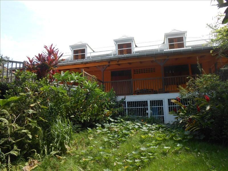 Sale house / villa St claude 350000€ - Picture 1