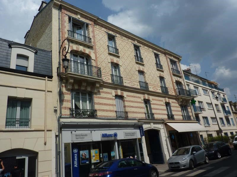 Rental apartment Maisons-laffitte 896€ CC - Picture 1