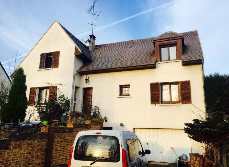 Sale house / villa Beauvais 354000€ - Picture 1