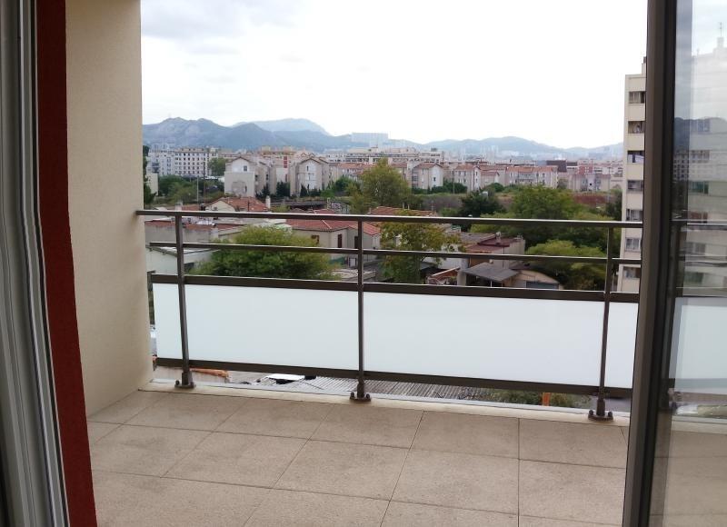 Location appartement Marseille 5ème 830€ CC - Photo 2