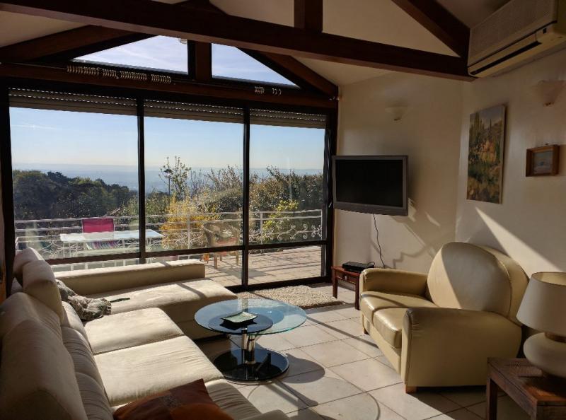 Deluxe sale house / villa Sainte foy les lyon 679000€ - Picture 3