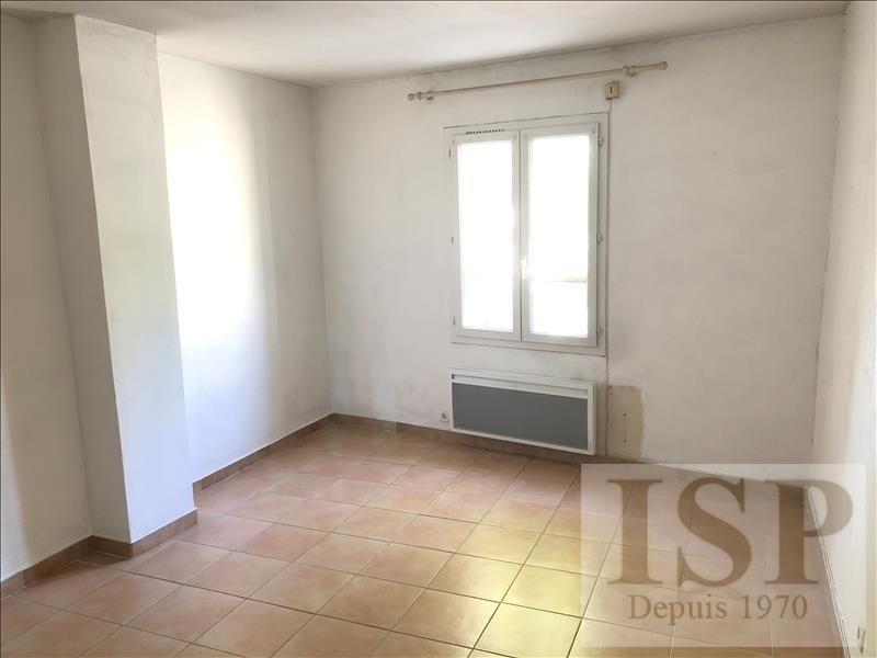 Rental apartment Les milles 811€ CC - Picture 5