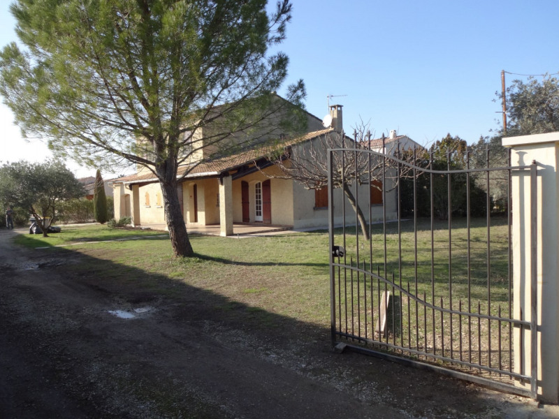 Rental house / villa Carpentras 1 365€ CC - Picture 4