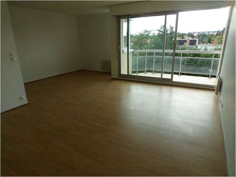 Sale apartment Montgeron 327600€ - Picture 1
