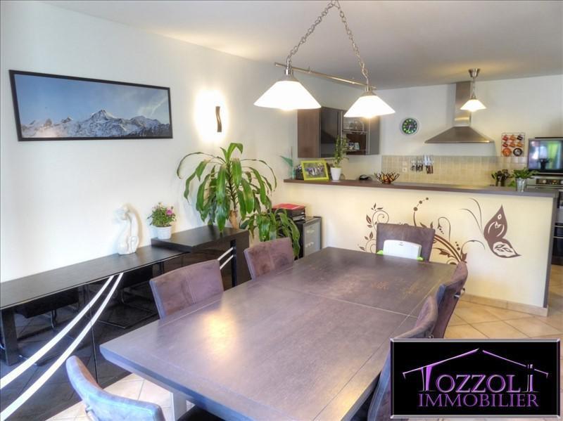 Sale house / villa La verpilliere 239000€ - Picture 2