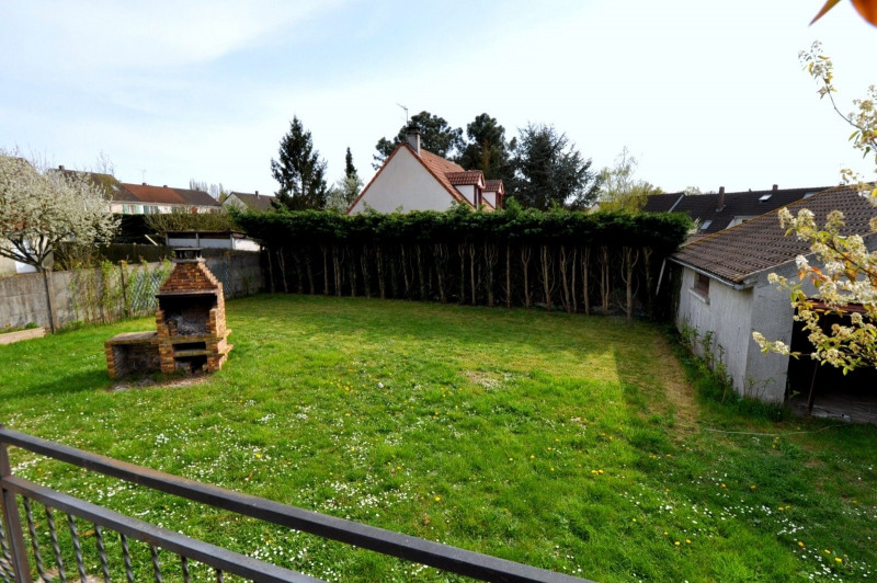 Sale house / villa St germain les arpajon 369 000€ - Picture 9