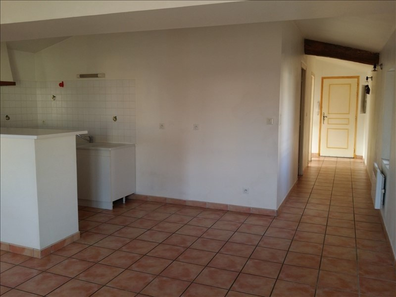 Location appartement Le thor 645€ CC - Photo 5