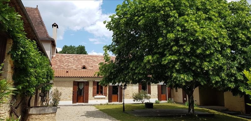 Deluxe sale house / villa Mussidan 279000€ - Picture 1