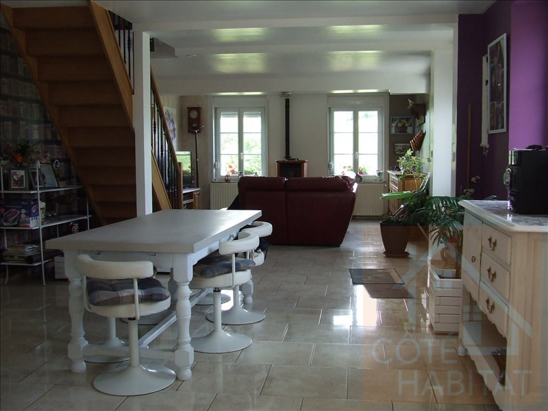 Sale house / villa La capelle 189600€ - Picture 2
