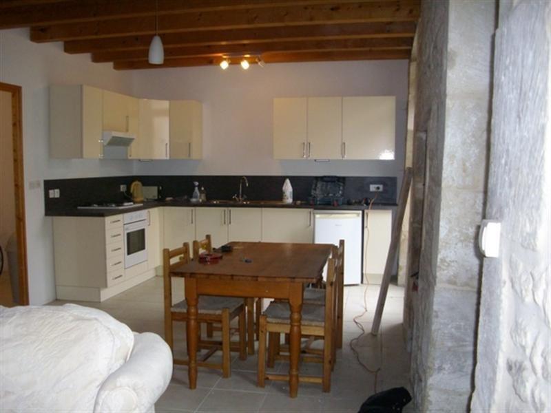 Sale house / villa Aulnay de saintonge 91000€ - Picture 2
